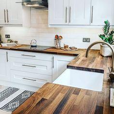 51 Changing Your Kitchen Interior Design Ideas changing decorationappart Home Decor Kitchen, Interior Design Kitchen, New Kitchen, Home Kitchens, Kitchen Small, Small Kitchens, Kitchen Ideas, Rustic Kitchen, Kitchen Designs