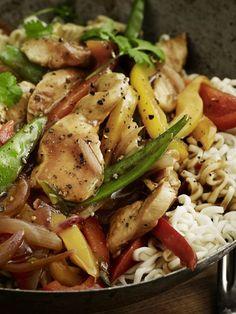 Usikker på hva du skal ha til middag? Her får du fem knallgode forslag gjennom hele uka. Kung Pao Chicken, Meal Planning, Food And Drink, Asian, Meals, Ethnic Recipes, Meal, Yemek, Food