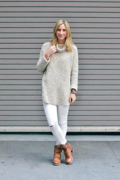 In love with this white/grey or oatmeal combo. Want wedges to go with