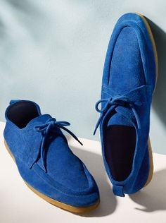 Bright blue suede shoes from Burberry for Spring/Summer 2014