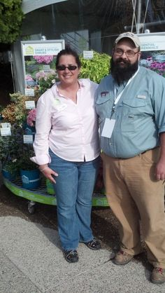 #springtrials is not just about plants but meeting great plant people too! Here I am with Geoff Denny, Asst Extension Prof Commercial Ornamental Horticulture at Mississippi State University at the HGTV HOME Plant Collection display!