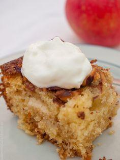 I Love Food, Vanilla Cake, Food And Drink, Baking, Coffee, Eat, Breakfast, Desserts, Kaffee