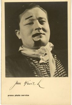 Actor, dramatist and screenwriter Jan Werich dazzled the public in both film and theatre productions. The comic duo of Werich and Jiří Prague Guide, Screenwriting, Theatre, Personality, Inventors, Actors, Humor, Czech Republic, Blog