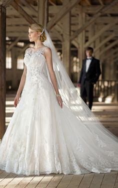 1369 - stunning princess style, deep lace hem with 3D lace and beating detailing over side bodice and detachable straps