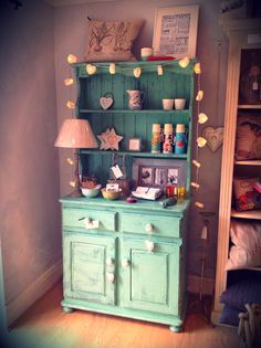 Pretty Green handpainted Dresser