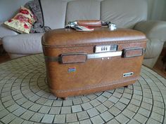 Vintage American Tourister Escort Train Case | 1950u0027s Luggage | Mid Century  Luggage | Home Decor