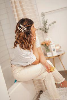 Mar 13 2020 - Tips to treat damaged hair with Patene Hair Inspo, Hair Inspiration, Hair Barrettes, Hair Clips, Clip Hairstyles, Damaged Hair Repair, Grunge Hair, How To Make Hair, Great Hair