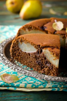 Pear & Chocolate Upside Down Cake Pear Recipes, Sugar Free Recipes, Low Carb Slow Cooker, Pear Cake, Cake Cookies, Food Inspiration, Sweet Treats, Tasty, Cakes