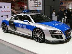R8 Polizei concept