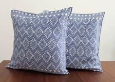 Un favorito personal de mi tienda Etsy https://www.etsy.com/mx/listing/451336960/hand-woven-cushion-cover-from-chiapas