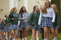 Harpeth Hall's all-girl environment fosters confidence as its students are encouraged to raise their hands, ask questions and confidently explore the world via the classroom and beyond. Learn more about this dynamic Nashville private school. Private School Uniforms, Private School Girl, Catholic School Uniforms, All Girls School, School Girl Dress, School Fashion, Girl Fashion, Boarding School Aesthetic, School Uniform Outfits