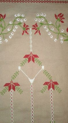 Cross Stitch, Pasta, Holiday Decor, Cross Stitch Embroidery, Towels, Punto De Cruz, Dots, Handarbeit, Seed Stitch