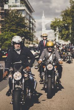 The Rake & our sister magazine, Revolution took part in the Distinguished Gentlemen's Ride London earlier this year - BMW scrambler paired with a bowtie, anyone?