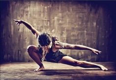 Focus, mouvement, energy, balance... the fight is one single mouvement, the soul of a warrior