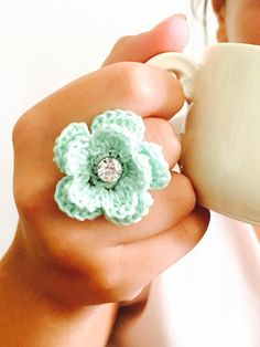 Un preferito personale dal mio negozio Etsy https://www.etsy.com/it/listing/252534533/ring-crochet-ring-teal-flower-crocheted