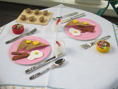 American Girl doll food-- DIY breakfast, use foam sheets, thin corkboard on a roll, hole puncher, and plastic bottle caps