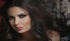 Beautiful Arab Women, Most Beautiful, Arabian Beauty, Chocolate Brown Hair, Portraits, Character Inspiration, Beauty Makeup, Makeup Style, Make Up