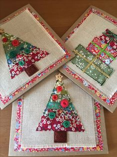 Super Patchwork Quilt Ideas Projects Ideas - Diy and crafts interests Christmas Buttons, Christmas Sewing, Christmas Fabric, Christmas Quilting, Christmas Cards Handmade Kids, Diy Christmas Gifts, Christmas Decorations, Tree Decorations, Christmas Tree