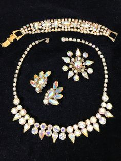 A personal favorite from my Etsy shop https://www.etsy.com/listing/546381932/juliana-delizza-elster-4-piece-parure