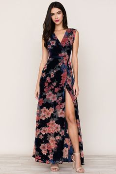 Swept Away Velvet Maxi Dress - YUMI KIM. Meet our most effortless and flattering dress to date! When you put on our Swept Away Velvet Maxi Dress you will instantly look put together. Floral Dress Design, Floral Maxi Dress, Elegant Dresses, Cute Dresses, Summer Dresses, Maxi Dresses, Long Casual Dresses, Winter Dresses, Dress Outfits