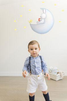 Pintura mural infantil en habitación niño. Baby, Mural Painting, Murals, Girl Rooms, Baby Humor, Infant, Babies, Babys