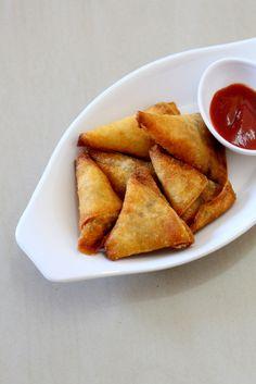 Onion Samosa Recipe, How To Make Onion Samosa | Mini Samosa Recipe #snacks #vegrecipe #indianfood