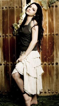 Amy Lee. I don't care what you say, she is GORGEOUS.