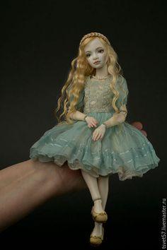 """Коллекционные куклы ручной работы. Заказать Шарнирная фарфоровая кукла """"Girl in Blue"""". Маргарита Цветкова. Ярмарка Мастеров."""