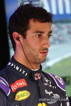 Daniel Ricciardo, Red Bull Racing at Austrian GP High-Res Professional Motorsports Photography Ricciardo F1, Daniel Ricciardo, Red Bull F1, Red Bull Racing, Martini Racing, F1 Drivers, Keep Fighting, F 1, Formula One