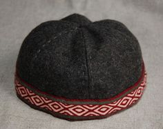 Viking hat from Birka with tablet braid. (1) - Othala Craft