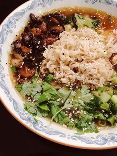 Snabblagad & galet god Ramen – Susan Törnqvist Veggie Recipes, Asian Recipes, New Recipes, Vegetarian Recipes, Cooking Recipes, Healthy Recipes, Pasta, Acerola, Good Food