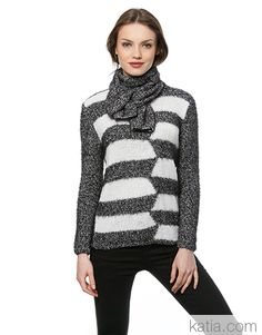 Woman's two colour geometric design jumper knitted on two needles Thick Sweaters, Sweaters For Women, Fall Winter, Autumn, Knitting Patterns, Turtle Neck, Pullover, Black And White, Fashion