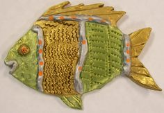 Textured Clay Fish Grade 4 2019 Textured Clay Fish fourth grade project The post Textured Clay Fish Grade 4 2019 appeared first on Clay ideas. Clay Fish, Ceramic Fish, Ceramic Clay, Sculpture Projects, Ceramics Projects, Sculpture Clay, Clay Projects For Kids, Kids Clay, 3d Projects