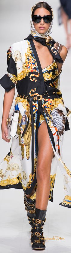 Versace Spring 2018 RTW #MFW #ss18