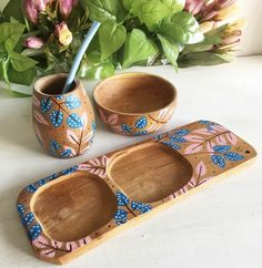 Diy Clay, Clay Crafts, Wood Crafts, Diy And Crafts, Arts And Crafts, Ceramic Painting, Painting On Wood, Painted Pots, Hand Painted