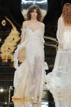 Vestidos de novia con hombros caídos 2017: ¡Para novias muy elegantes! Image: 26
