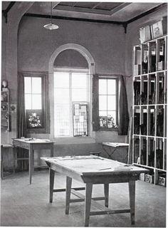 View of the Glass-Painting Workshop at the Bauhaus in Weimar, ca. 1923 Bauhaus-Universität Weimar, (IX, 1a)