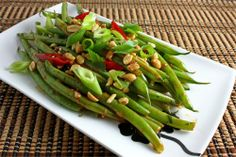 Green Beans in Spicy Peanut Sauce