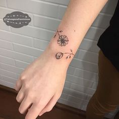 "6,443 Likes, 83 Comments - Tatuagens Tattoos 1,7m (@tatuagensfemininas) on Instagram: ""Bracelete • Tattoo Artist: @Jesspaixaotattoo . ℐnspiraçãoℐnspiration . . #tattoo #tattoos…"""