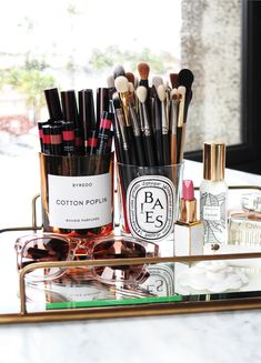 Beauty Look Book Desktop Home Candle Recycle | The Beauty Look Book
