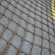 Simple knots can help make a mesh work ladder.
