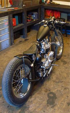 Bobber Inspiration | Triumph | Bobbers and Custom Motorcycles.