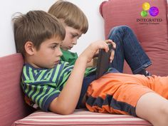 Why it's important for kids to ditch the brain games | ilslearningcorner.com #videogames #kidsactivities