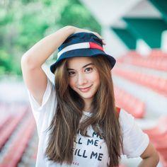 """ถูกใจ 159.2k คน, ความคิดเห็น 369 รายการ - Supassara. (@supassra_sp) บน Instagram: """"สุภัส และ หมวกใบโปรด (วนิพก)  (Cr) @taklongkukkik"""""""