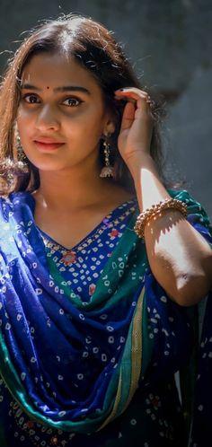 Beautiful Girl In India, Beautiful Blonde Girl, Beautiful Girl Image, Beautiful Bride, Beautiful Women, Cute Beauty, Beauty Full Girl, Beauty Women, Beautiful Bollywood Actress