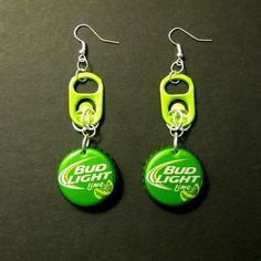 Recycled Can Tab Bottle Cap Earrings Bud Light Lime Beer Bottle Cap Earrings, Bottle Cap Jewelry, Bottle Cap Art, Diy Earrings, Earrings Handmade, Soda Tab Crafts, Can Tab Crafts, Bottle Cap Projects, Bottle Cap Crafts