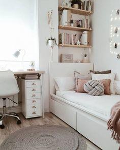 Small Room Design Bedroom, Room Ideas Bedroom, Home Room Design, Bedroom Ideas For Small Rooms, Decorating Small Bedrooms, Small Bedroom Inspiration, Modern Teen Bedrooms, Very Small Bedroom, Small Girls Bedrooms