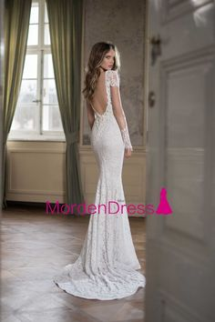 The Berta wedding dresses 2015 fall collection are here and ready to amaze us all! This is some seriously stunning bridal couture that will not disappoint. Stunning Wedding Dresses, 2016 Wedding Dresses, Low Back Dresses, Formal Dresses, Wedding Dress Sleeves, Dresses With Sleeves, Mod Wedding, Wedding Ideas, Bridal Beauty