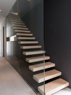 Mind-blowing spiral staircase - visit our short post for lots more choices! House Staircase, Staircase Design, Staircases, Spiral Staircase, Open Trap, Cantilever Stairs, Floating Staircase, Modern Stairs, Interior Design Living Room