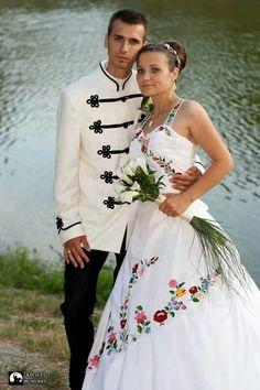 Hungarians wedding dresses